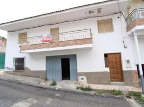 Casa en venta en calle Almendros, nº 51