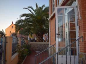 Casa adosada en alquiler en calle Talavera, nº 43