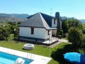 Casa en venta en Carretera Soria