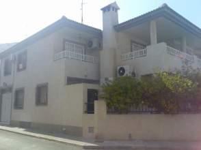 Casa adosada en alquiler en calle Trafalgar