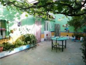 Casa en venta en Zona: Avda Antonio Huertas / Próxima A Institutos