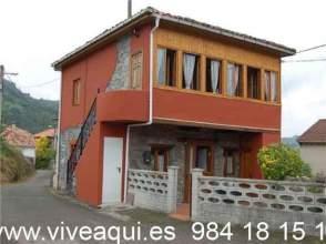 Casa en venta en Casa en Oviedo, Zona de Las Caldas