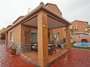 Casa unifamiliar en alquiler en Avenida Castilla-La Mancha, nº 2
