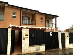Casa unifamiliar en venta en calle Juan Ramon Jimenez