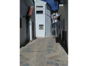 Casa adosada en venta en calle Tope
