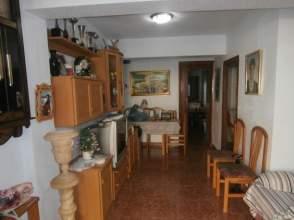 Casa adosada en venta en calle General Trucharte