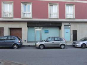 Local comercial en venta en calle Rosalia de Castro, nº 2