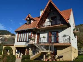 Casa en venta en calle Estella