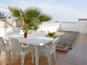 Casa adosada en alquiler en 1ª Linea de Playa
