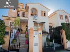 Casa pareada en venta en Lomabella