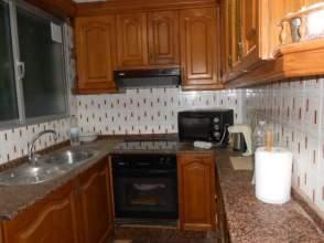 Piso en alquiler en Cortes Valencianas