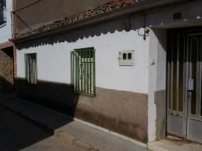 Casa adosada en venta en Mota del Cuervo