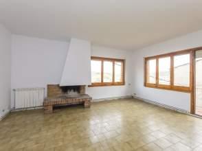 Casa en venta en calle Mare de Deu de Nuria, nº 2