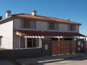 Urbanización El Camino,  junto al Golf de Rioja Alta, Cirueña