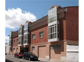 Piso en alquiler en Avenida Hernán Cortés, nº 8