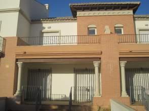 Casa adosada en venta en Avenida Azucarera