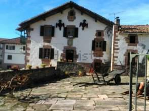 Casa en venta en calle Buztinaga