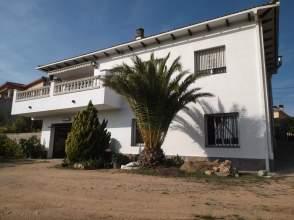 Casa unifamiliar en venta en Avenida Rafael Alverti