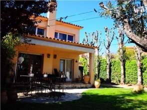 Casa adosada en alquiler en Sant  Feliu del Raco