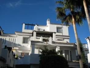 Piso en alquiler en Avenida los Naranjos de Marbella