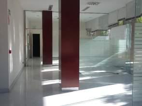 Local comercial en alquiler en calle Monasterio San Lorenzo del Escorial, nº 1