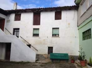 Casa adosada en venta en calle Villacomparada