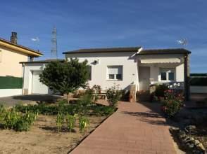 Casa unifamiliar en venta en calle Hortensia