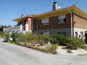 Casa rústica en venta en Moneo