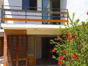 Casa adosada en alquiler en calle Dels Cossis, nº 15