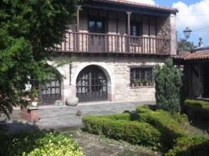 Casa rústica en venta en Avenida Cos