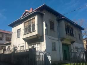 Casa unifamiliar en venta en Travesía Héroes de La Guardia Civil, nº 2
