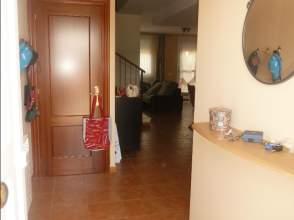 Chalet adosado en alquiler en calle Peña Gembres, nº 44