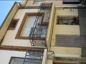 Casa en alquiler en Avenida Obispo Miranda, nº 4