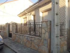 Casa unifamiliar en venta en calle Barrenal, nº 11