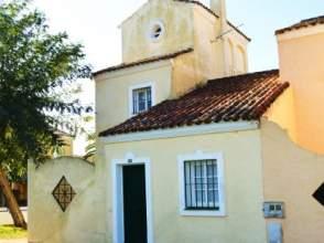 Casa adosada en alquiler en Octavio Augusta 95