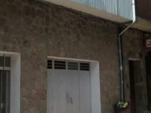 Casa unifamiliar en venta en Avenida del Valle, nº 6