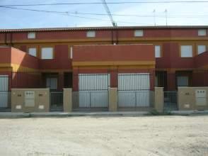 Casa adosada en alquiler en calle Silos, nº 1