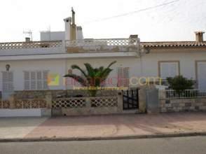 Casa adosada en venta en Casco Urbano