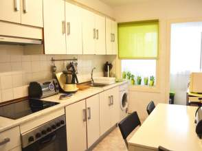 Apartamento en venta en Avenida Finisterre