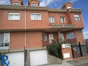 Casa en venta en Carretera León - Collanzo