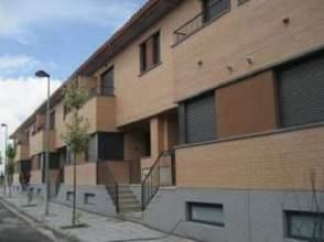 Casa adosada en alquiler en calle Sierra de Guara,  Sn