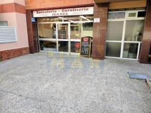Local comercial en calle Josep Coroleu, nº 128