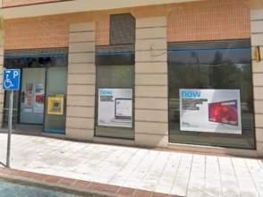 Local comercial en Avenida Europa