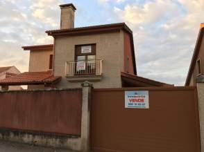 Casa en calle Mourente