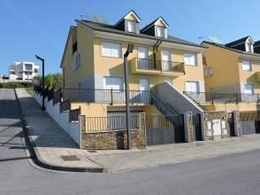 Casa adosada en calle Poniente, nº 17
