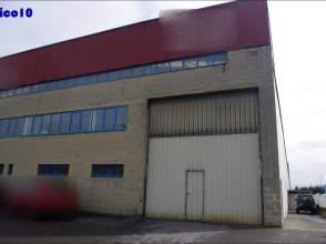Nave industrial en calle Peña Santa