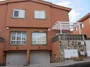 Casa pareada en calle Romero