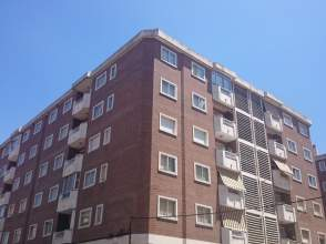 Piso en calle Guzman El Bueno, nº 1