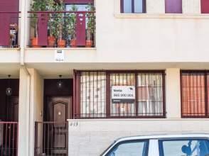 Casa pareada en calle Catedrático Marcelino Abellán