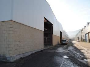 Nave industrial en Nanclares de La Oca - Langraiz Oka